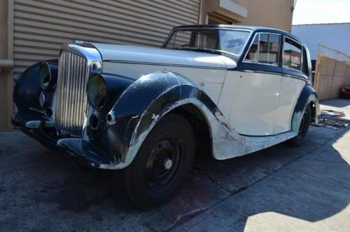 1950 Bentley Mark VI Saloon Sedan