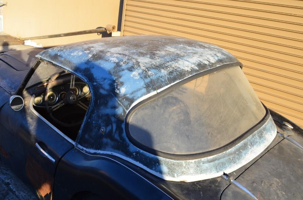 This 1960 Austin Healey 3000