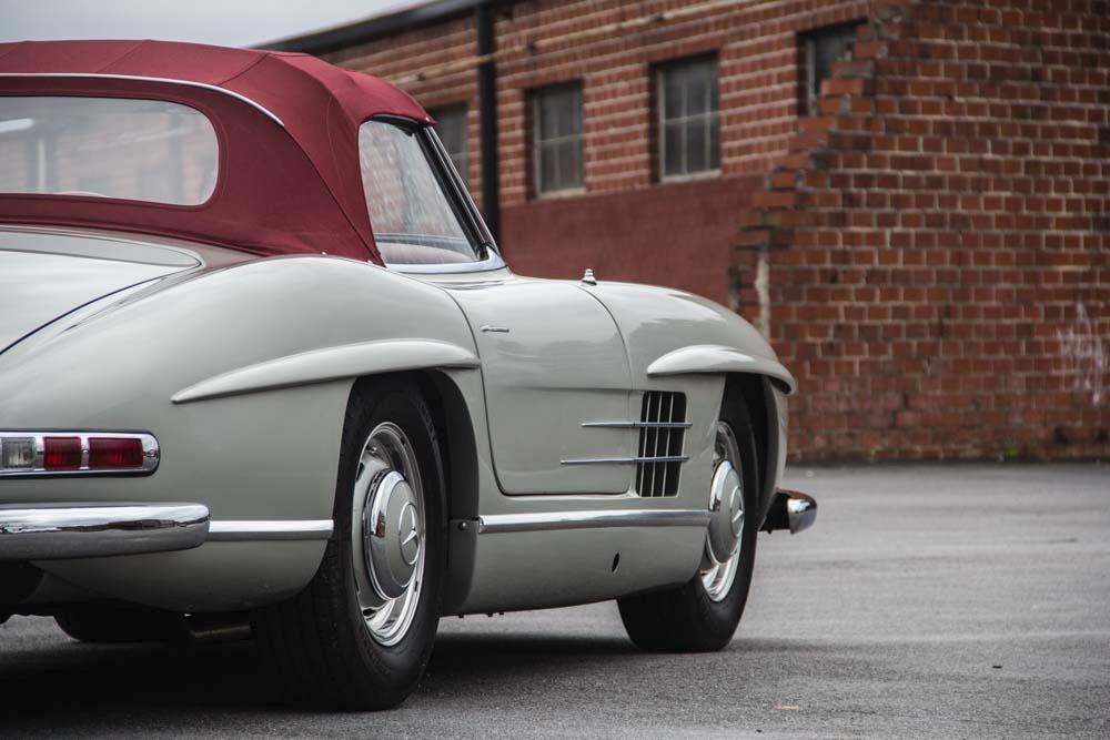 1957 mercedes benz 300sl for Mercedes benz 300sl price