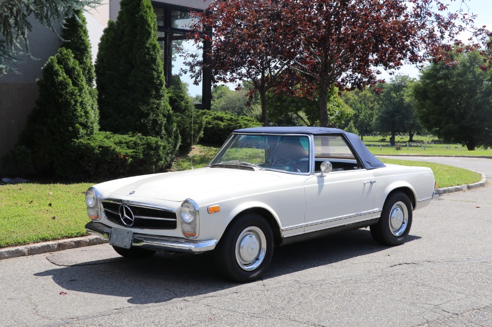 1966 Mercedes-Benz 230SL
