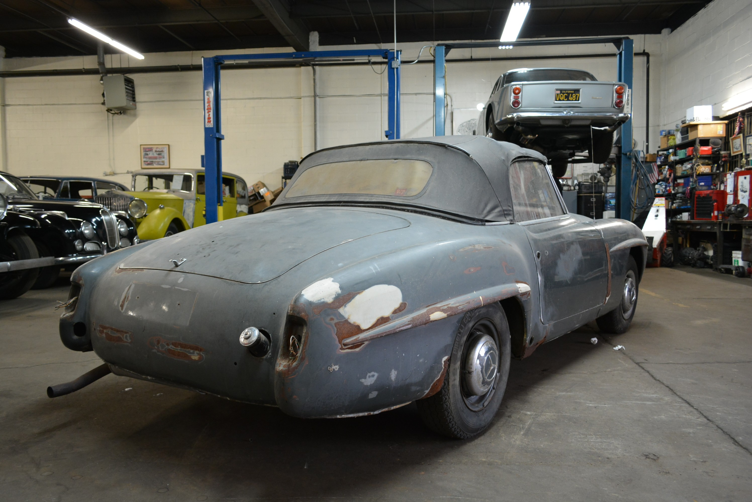 We buy classic mercedes 190sl for Buy old mercedes benz