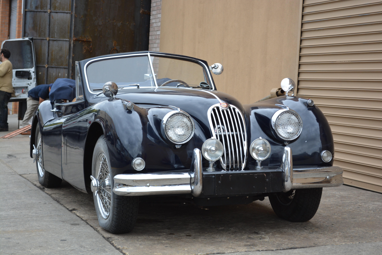 collectie maroon for classics jaguar en dhc sale lex