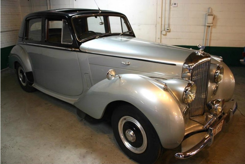 1954 bentley r type rhd stock 19919 for sale near astoria ny ny bentley dealer. Black Bedroom Furniture Sets. Home Design Ideas