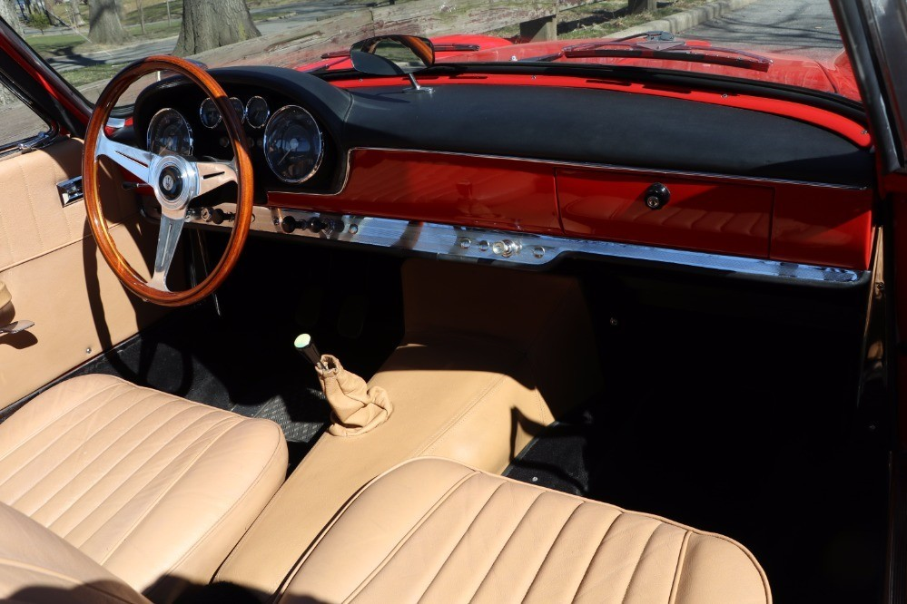 Used 1962 Maserati 3500 Vignale Spyder | Astoria, NY