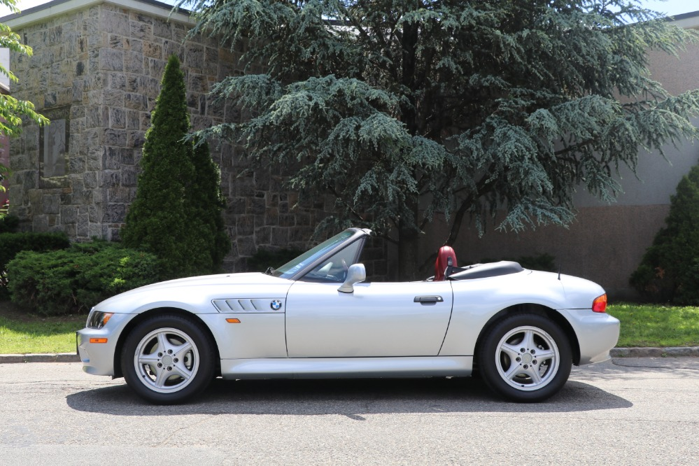 Used 1996 BMW Z3 Roadster  | Astoria, NY