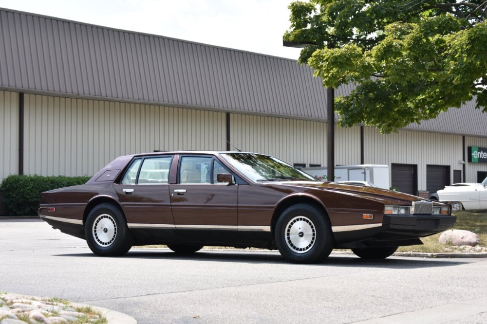 Used 1985 Aston Martin Lagonda  | Astoria, NY