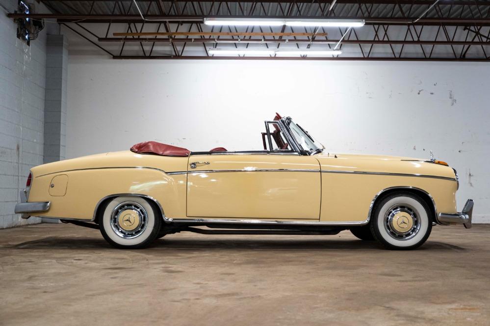 Used 1960 Mercedes-Benz 220S  | Astoria, NY
